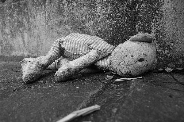 Abandoned - by Lola